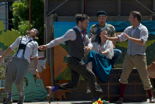 The Peripatetic Players in action. Photo by Tim Guydish.