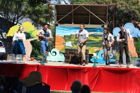 The Peripatetic Players performing AESOP AMUCK in Santa Clara, August 2016. Photo by George Doeltz.